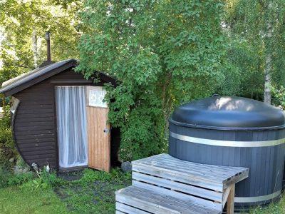 Sauna ja palju kesällä.